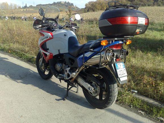 Schema Elettrico Honda Varadero 1000 : Honda varadero motoveicolo turismo e